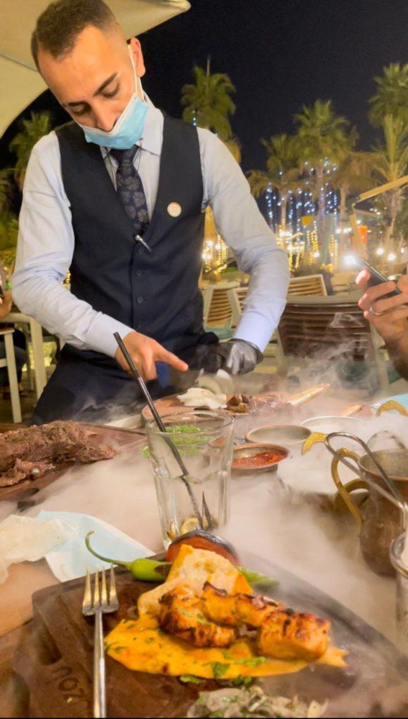 מסעדת זוזו בדובאי שאוכל ואש נפגשים